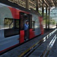Поезд жизни бежит – не догонишь :: Ирина Данилова