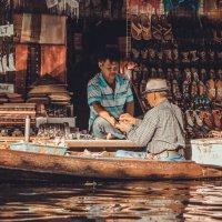 Рынок на воде :: Ivan Savchenko