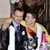 Эх жених,вот ты и попал!!!!!!!!!!!! :: Олег Петушков