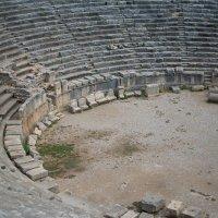 греко-римский амфитеатр (г. Мира, Турция) :: Denis Chukhatin