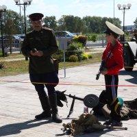 Чё, пацан, бум мочить фашистов... :: Сеня Полевской