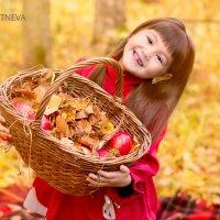 Осенний фп.Дарина :: Дарья Сбитнева