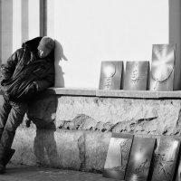 В ожидании ценителей и меценатов. :: Александр Степовой