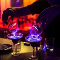 В ночном клубе (Самбука) :: Oleg Khot