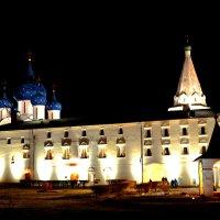 Суздальский кремль :: Семен Кактус