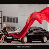 Блондинка и авто :: Евгений Ланин