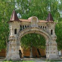 Ворота Никольского мужского монастыря. :: leoligra