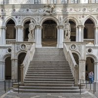 Венеция. Лестница Дворца Дожей. :: Виктор