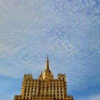 Подпирая небо... :: Milocs Морозова Людмила