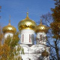 Троицкий собор под лучами солнца :: Святец Вячеслав