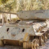Эхо забытой войны. Т-34-85 :: Peiper ///