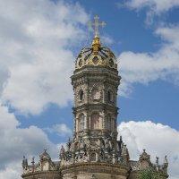 Храм в Дубровицах. :: Юрий Шувалов