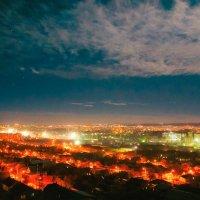 Вид на ночной город Симферополь :: Солнечная Лисичка =Дашка Скугарева