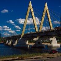 Мост Миллениум через реку Казанку. :: александр мак mak