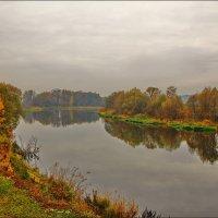 туманный октябрь :: Дмитрий Анцыферов