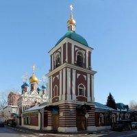 Церковь Успения Пресвятой Богородицы в Гончарах. :: Александр Качалин