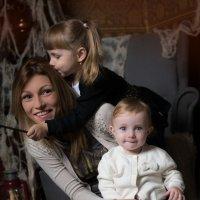 Семья - что может быть роднее и теплее :: Елена Андреева