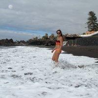 Черный пляж Пуэрто Де ля Круз :: Наташа Шамаева