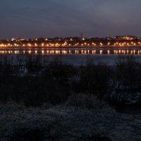 на город наступала ночь.март 2014 :: Алексей -
