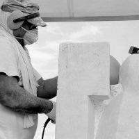 Скульптор  по мрамору ДЖИКИЯ ВАЛЕРИАН (Грузия) :: Валерия  Полещикова