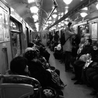 Вагон в метро :: Александр Кузин