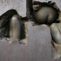 Барельеф двери музея современного искусства в Бельгии :: Борис Соловьев