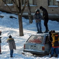 Сигнализация не сработала и жильцам спокойнее и дети не напуганые :: Николай Сапегин