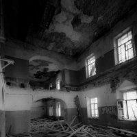 Развалины... :: Дмитрий Перов