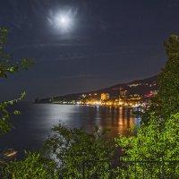 Луна и море. :: Виктор Чепишко