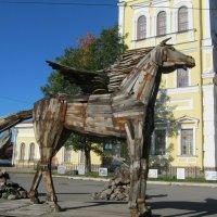 Пегас - крылатый  конь, символ  поэзии. :: Алексей Рыбаков