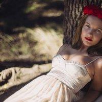 red :: Anna Takh