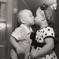 Первый поцелуй... :: Юлия Клименко
