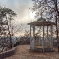 Беседка в парке         Уфа :: Любовь Потеряхина