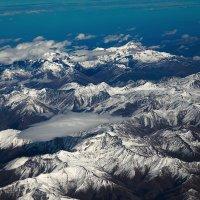 иллюминатор с видом на Кавказ :: Роман Макаров