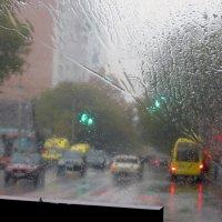 Дождь в городе :: Наталья Джикидзе (Берёзина)