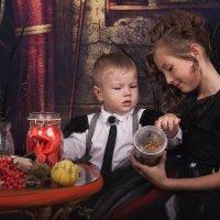 """""""Halloween"""" :: Marina Tynik"""