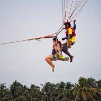 Полет на парашюте над морем :: Татьяна Губина