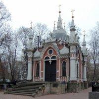 Часовня Николая Чудотворца на Преображенском кладбище. :: Александр Качалин