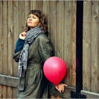 Девушка с шариком :: Дмитрий Конев
