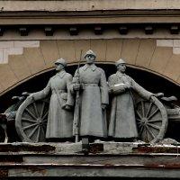 Фреска на Областном Доме Офицеров. :: Пётр Сесекин