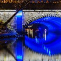 Подсветка под мостом канала.Рига. :: Irina Jesikova