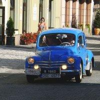 Ретро Рено Renault 4CV Sedan :: Евгений Кривошеев