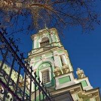 Колокольня церкви Усекновения Главы Иоанна Предтечи на Пятницкой. :: Oleg4618 Шутченко