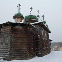 Троицкая церковь (вид сзади) :: Галина
