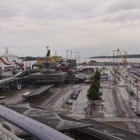 Окрестности порта Хельсинки :: Александр Рябчиков