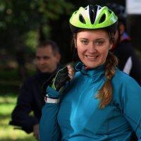 Велосипедистка. :: Дмитрий Иншин