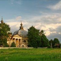 Ярополец, руины :: Дмитрий Анцыферов