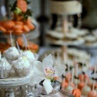 Пироженки на палочке :: Юлия