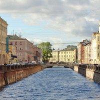Вдали виднеется Мучной мост :: Владимир Гилясев