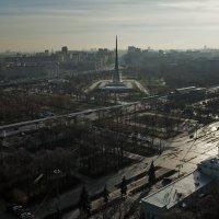 Вид с обзорного колеса на ВДНХ... :: Владимир Питерский